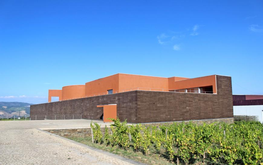 Quinta Do Portal — семейная компания виноделия - фото